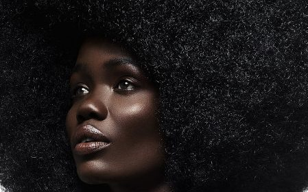 Fotografija: Alana Tyler Slutsky, Paper magazine; model: Tina Johnson